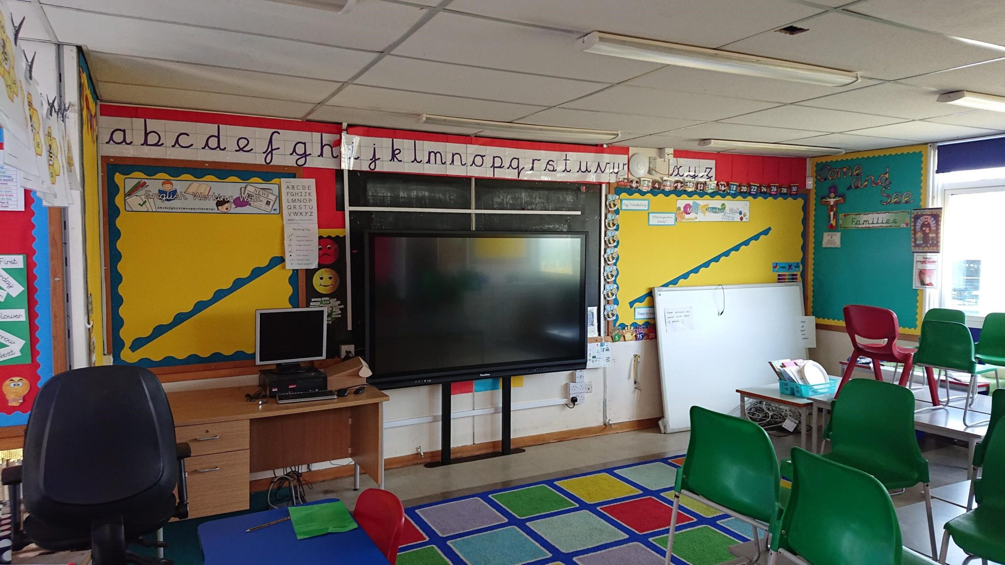 Essex School Promethean screen installation
